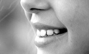 La importancia de la sonrisa en la atención al cliente de un hotel